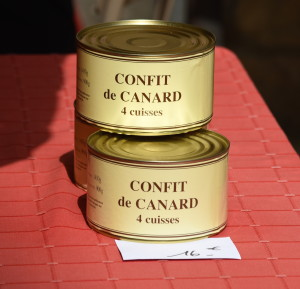 Confit de canard is one of those French foods that sound bizarre, but taste delicious. It's literally a duck in a can: processed and preserved in its own fat, and later cooked in that same fat. I had one of the best confit de canard I've ever had at a humdrum rest stop in the Dordogne.