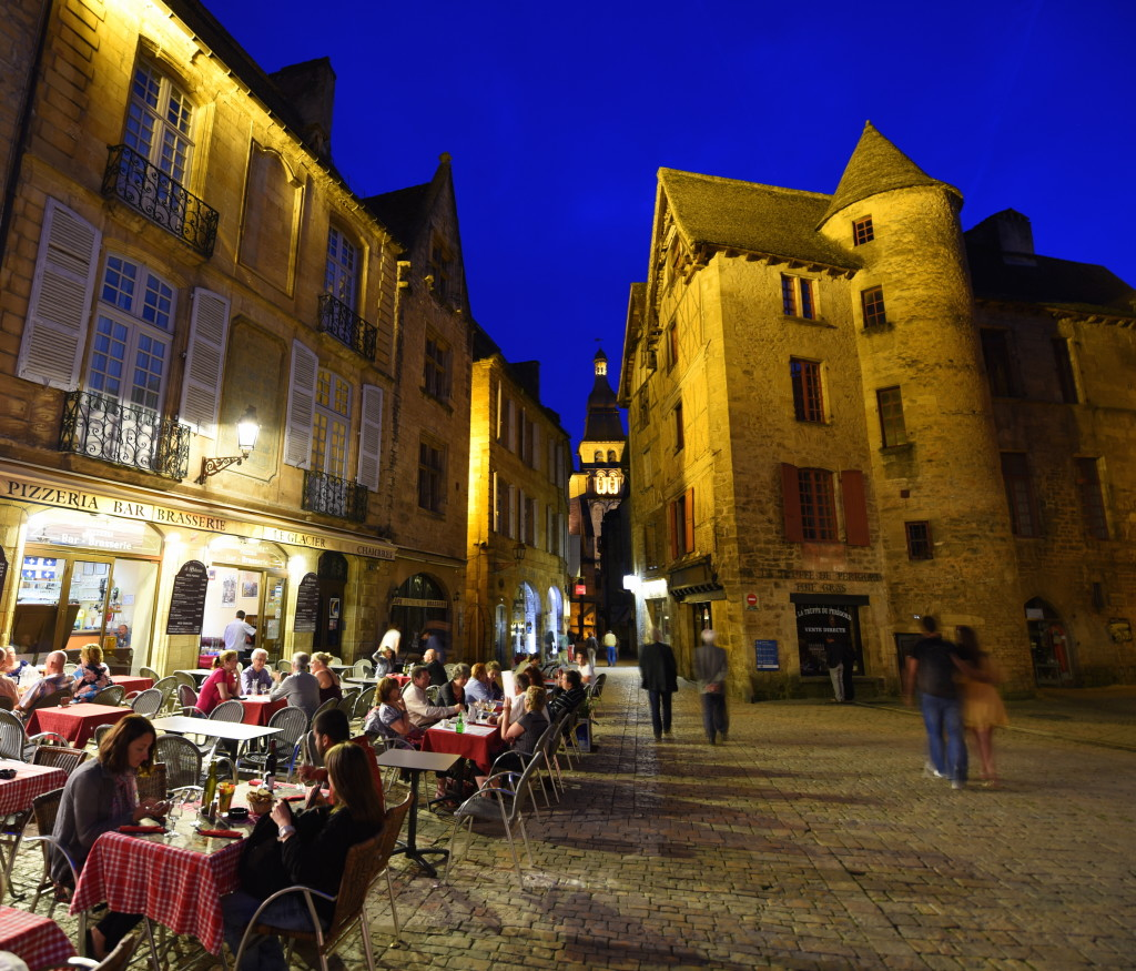 Sarlat Night Square