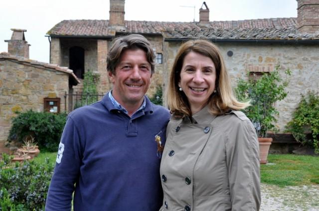 cameron-italy-tuscany-cretiaole-isabella-carlo