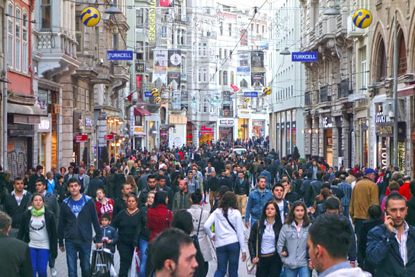 7cb1a4e4815273 Istiklal Caddesi is the main drag through Istanbul. Strolling it from one  thriving end to