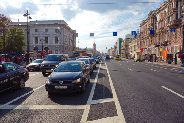 The main drag of the city is Nevsky Prospekt. This provides a spine for your sightseeing leading from the Winter Palace (Hermitage Museum) through the center of town.