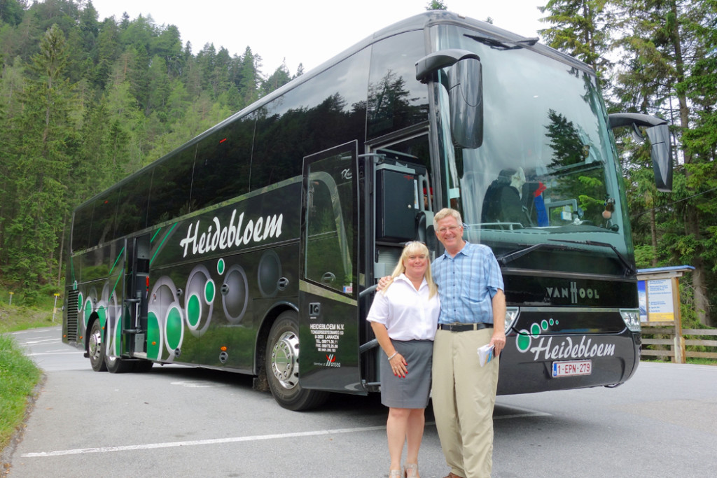 How Much Do Tour Bus Drivers Make