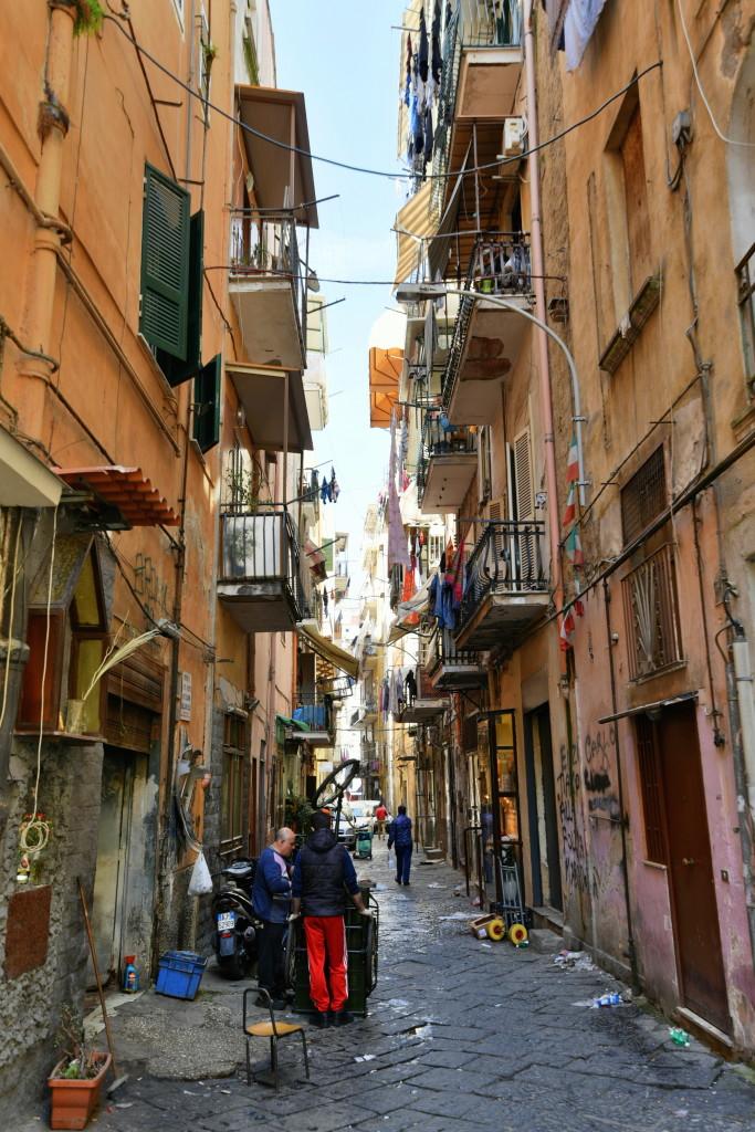 NaplesNarrowStreet