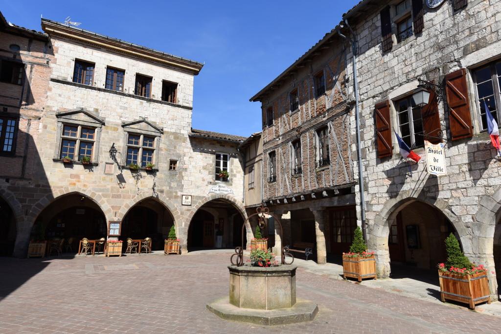 Castlenau Square
