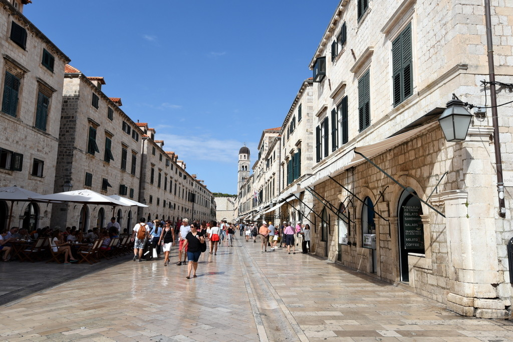 Cameron-Croatia-Dubrovnik-Facebook-Stradun View