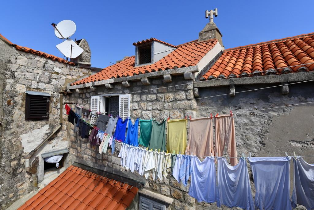 Cameron-Croatia-Dubrovnik-Happy Laundry