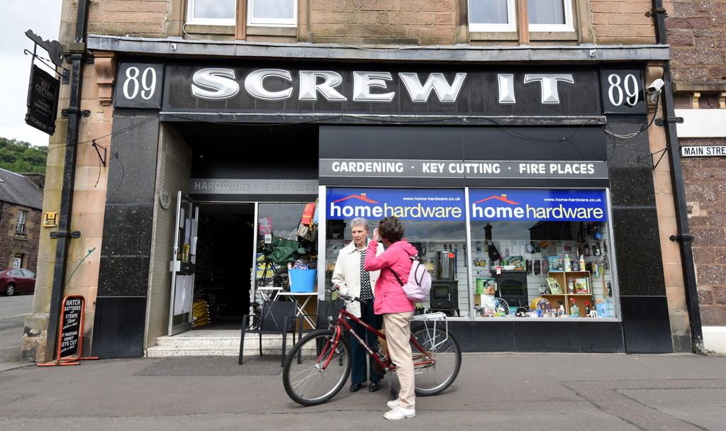 Cameron-Scotland-British Signs-Screw It