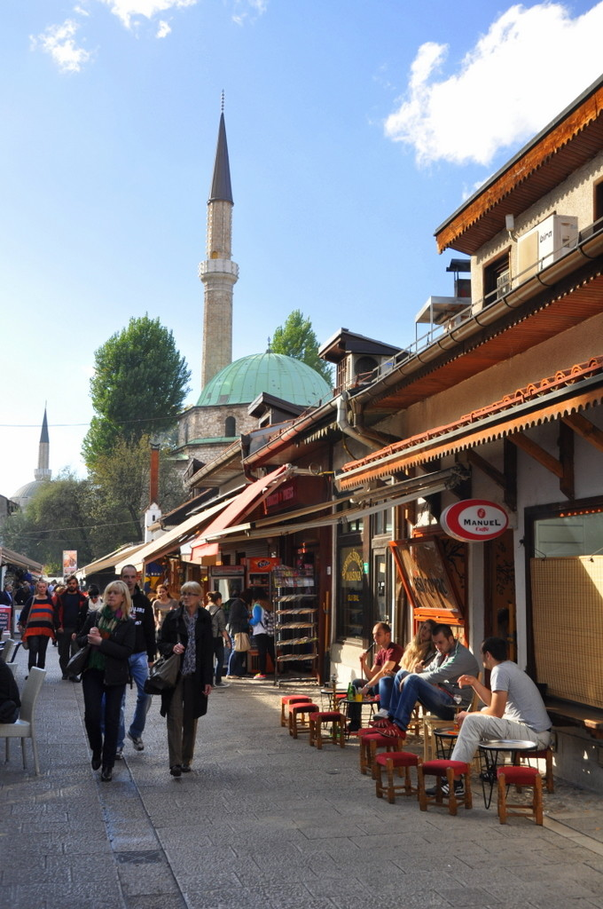 Cameron-Bosnia-Sarajevo-Coffe 1