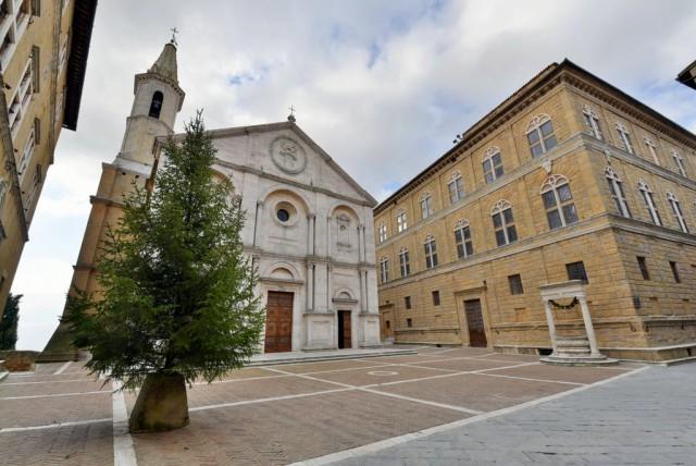 cameron-italy-tuscany-Pienza-004