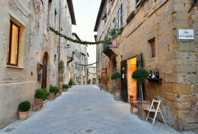 cameron-italy-tuscany-Pienza-031