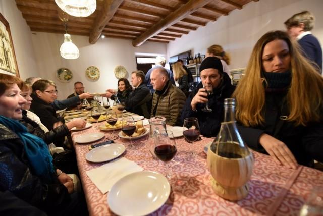 cameron-italy-tuscany-cretaiole-036