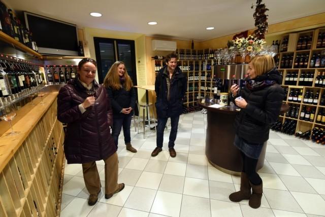 cameron-italy-tuscany-montalcino-enoteca