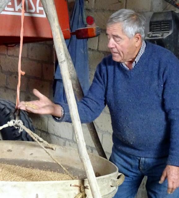 cameron-italy-tuscany-luciano-farm
