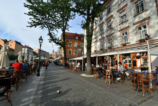 cameron-slovenia-ljubljana-cafes-1