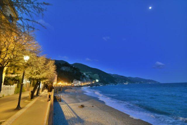 cameron-italy-monterosso-nightfall