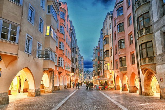 cameron-austria-innsbruck-arcades