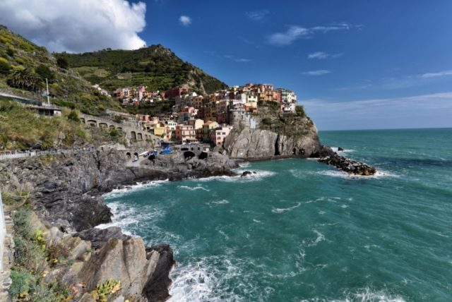 cameron-italy-manarola-no-waves