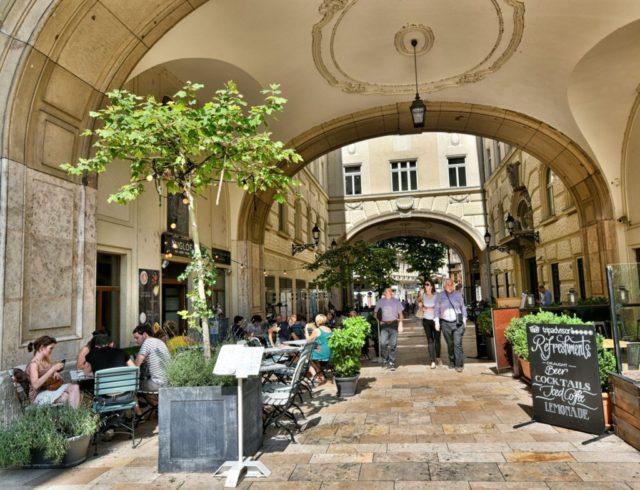 cameron-hungary-budapest-cafe