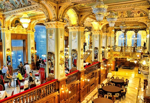 cameron-hungary-budapest-foodie-new-york-cafe