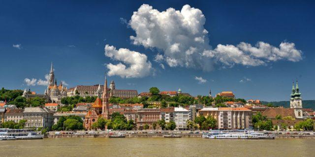 cameron-hungary-budapest-politics-castle-hill