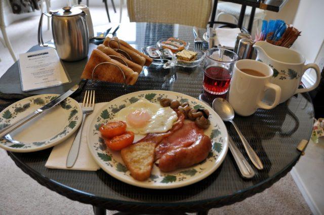 cameron-pet-peeves-rich-breakfast