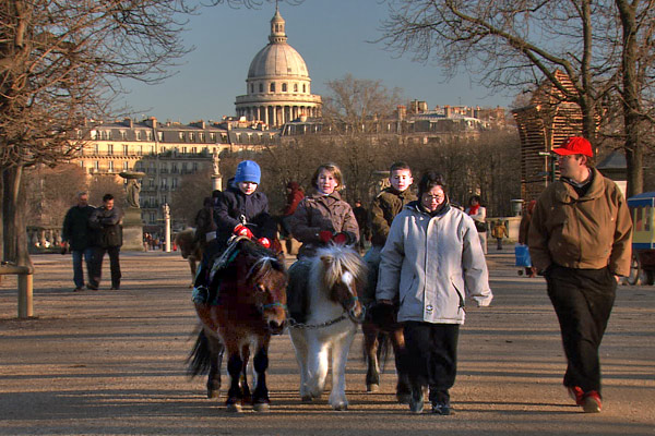 Pony Rides Take the little people to Luxembourg Garden to ride the ponies or (sometimes at Christmas) donkeys. If you're lucky enough to be there when the donkeys are, tell the kids about pregnant Mary and Joseph riding the donkey to Bethlehem.