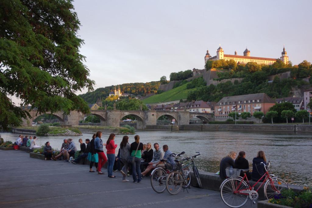 Wurzburg-sunset-on-river.jpg