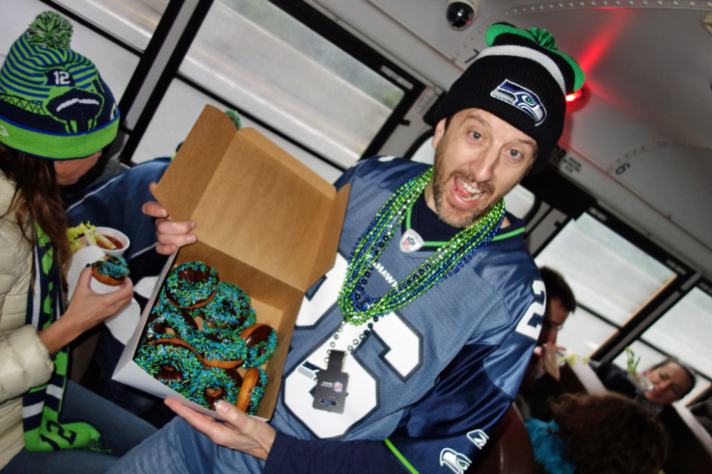 GUIDES-DSC02804---Regan-and-Seahawks-donuts